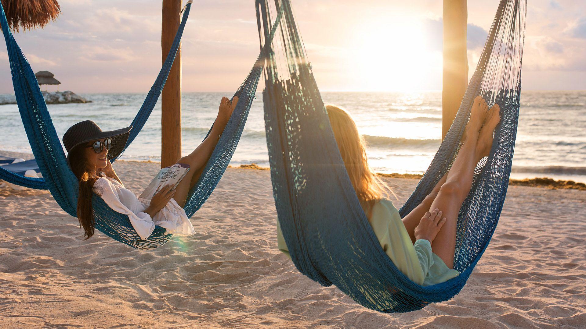 Women in hammocks   Mexico Cruising Guide   Snag-A-Slip