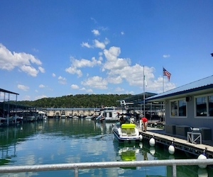 Crosswater Yacht   Lake Travis   Snag-A-Slip