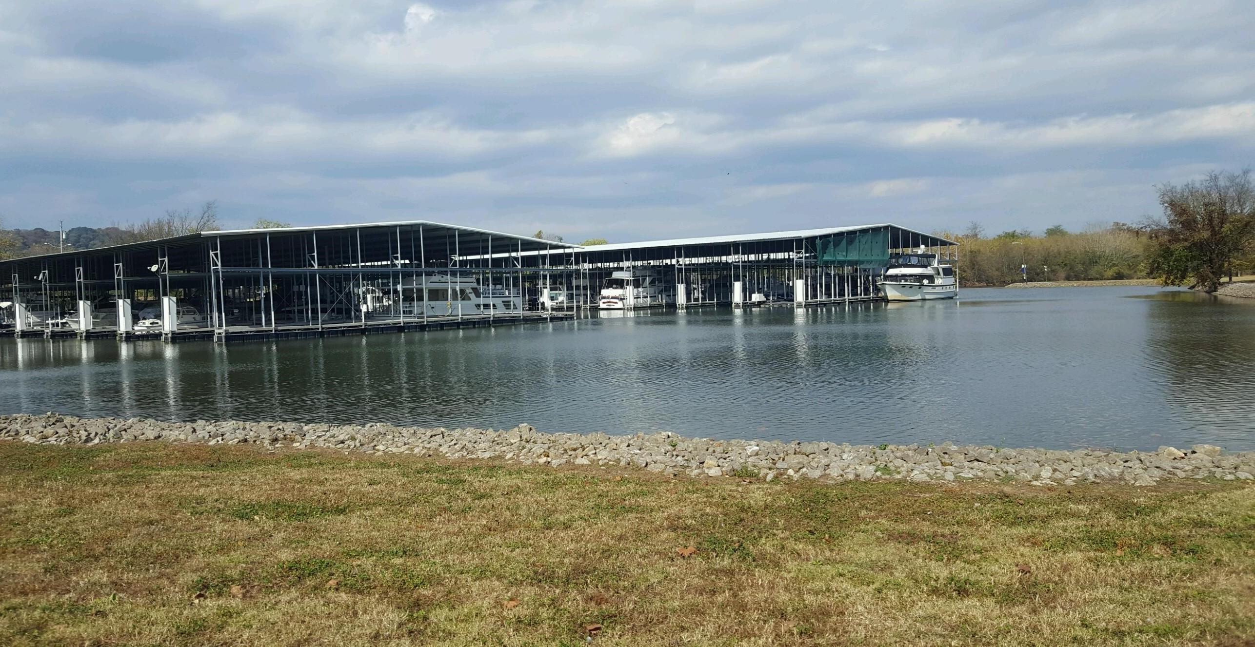 Commodore Yacht Club | Nashville | Snag-A-Slip
