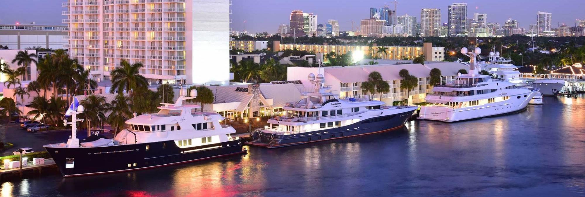 17th Street Yacht Basin at dusk   Snag-A-Slip