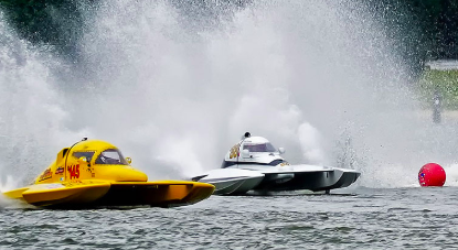 Powerboat Fleet Racing | Cambridge Classic Powerboat Regatta | Snag-A-Slip