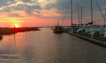 Bayway Marina | Spooky Waterfront Towns | Snag-A-Slip