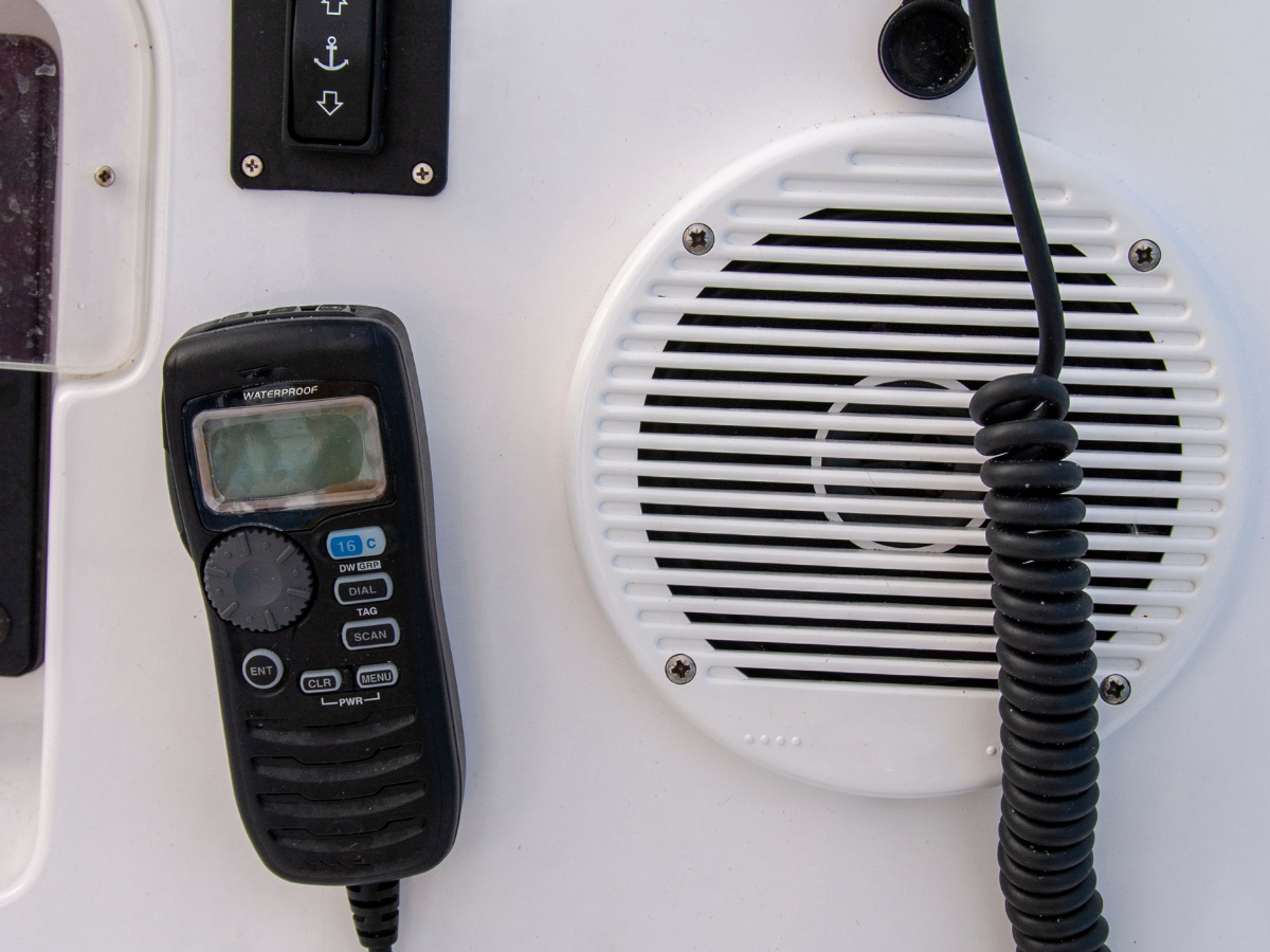 Snag-A-Slip Blog - Top 10 Things to Think About on Your First Local Boat Trip - VHF Radio