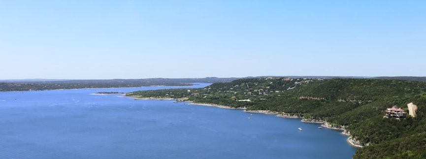 Lake Travis Cruising